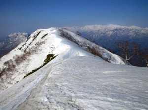 堂津岳と北アルプス連峰
