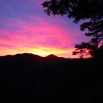 テント地からの夜明け(上ノ倉山)