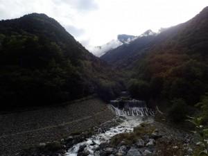 広河原から北岳を振り返る